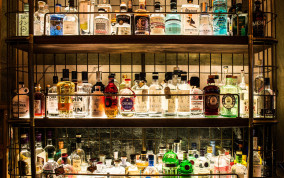 Rosewood London Hotel's Gin Bar Features Over 14,000 Types of Gin