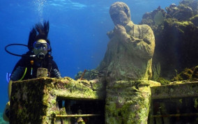 Museo Atlantico is an Underwater Museum You Must See to Believe