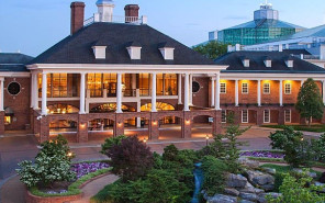 The Palatial Gaylord Opryland Hotel in Nashville Has 2881 Guest Rooms